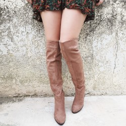 Suede boots with heel