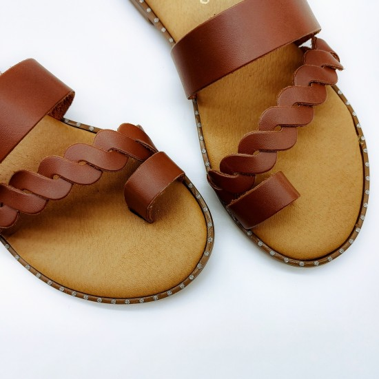 Anatomic slippers with braid