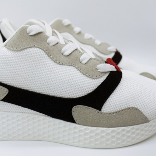 Athletic shoes with grey-black details