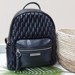 Backpack with seams in diamonds shape