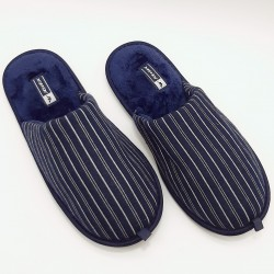 Slippers with stripes